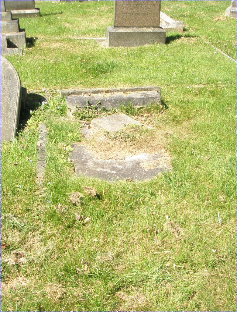 Private John (Jack) Samuel Wright's headstone before restoration